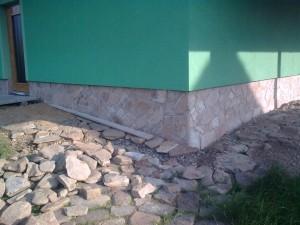 Obklady z přírodního kamene