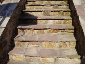 Schody z přírodního kamene